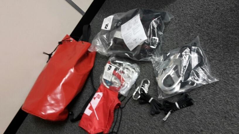 FA2 rigger's harness kit